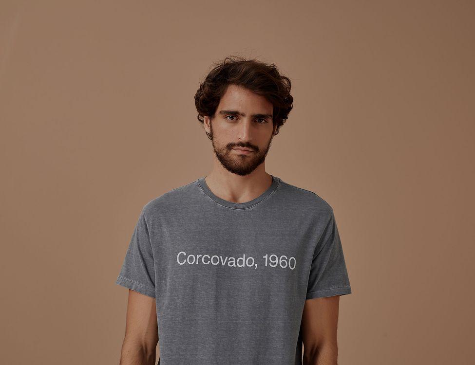 702897_0886_1-TSHIRT-CORCOVADO