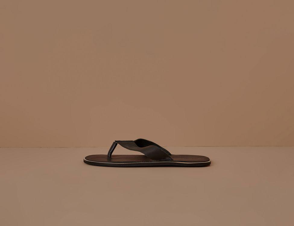 af5842b68ff7 Calçados: docksider, tênis, chinelos com descontos especiais | Foxton