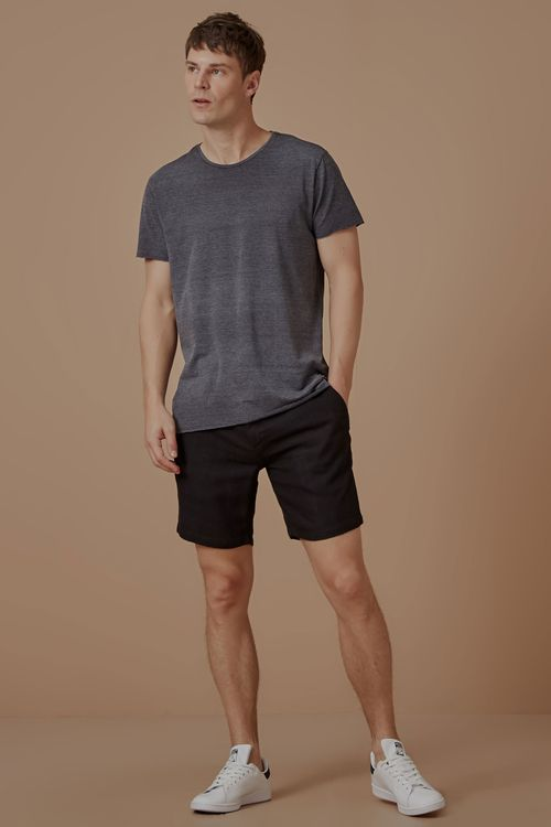 703906_0013_1-WALKSHORT-RESORT