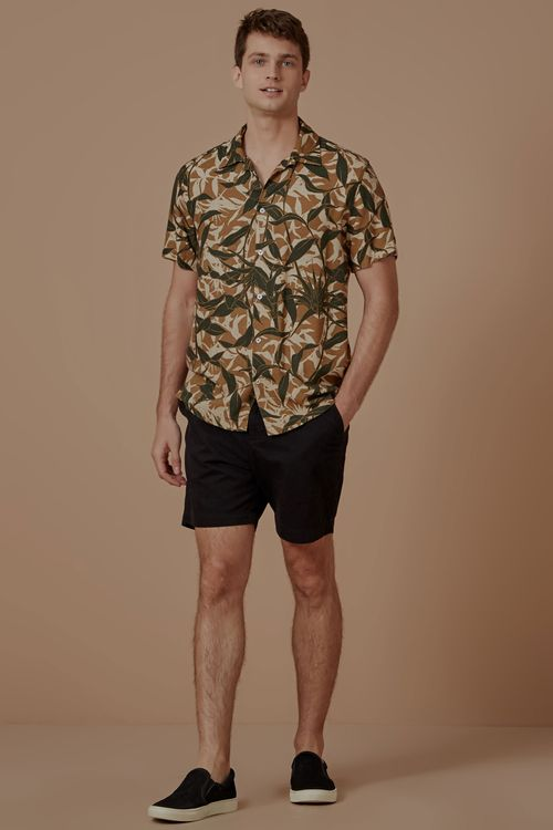 704065_0030_2-CAMISA-MC-ESTAMPADA-CAMUFLADO-TROPICAL