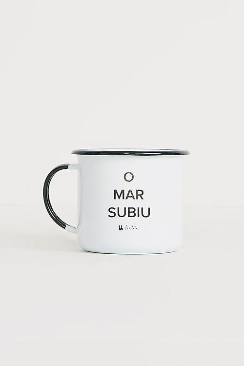702425_0001_1-CANECA-O-MAR-SUBIU